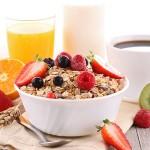 食物繊維たっぷり!今話題の大麦グラノーラって?第3の朝食ブーム。