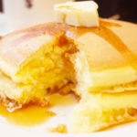 元町サントスのホットケーキは甘さ控えめで美味しい!昭和レトロな純喫茶へ行って来た!